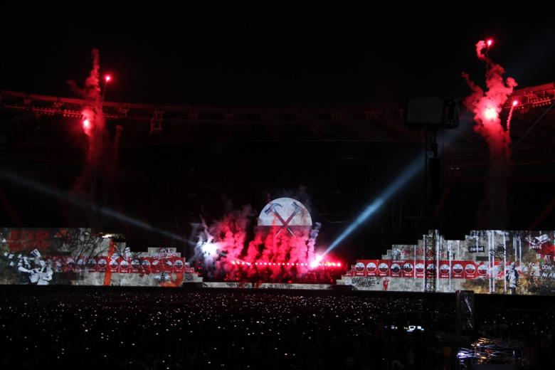 Roger Waters - The Wall Live 2013-iocero-2013-07-29-10-43-10-ICIMG-2755
